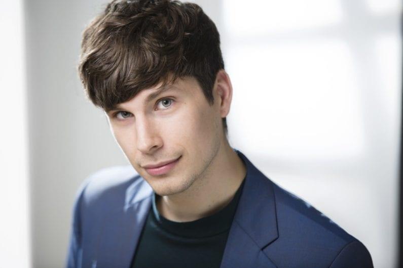 Sebastian Durán Swedish baritone