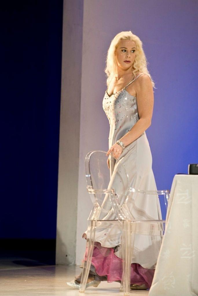 Askungen på Kungliga Operan - synopsis