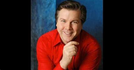 Robert Dean Smith American tenor