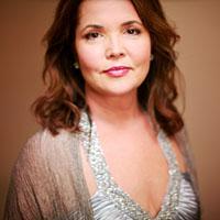 Korliss Uecker American soprano
