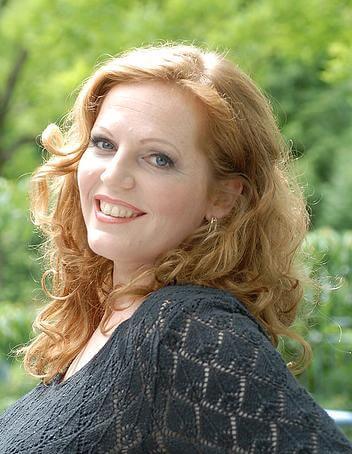 Eva-Maria Westbroek soprano born 1970