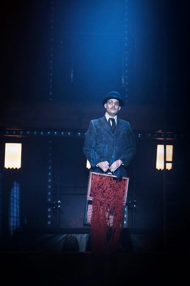 Satyagraha cirkusopera på Folkoperan 2016