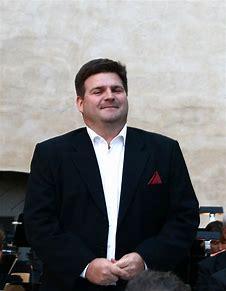 Michael Weinius hovsångare född 1971