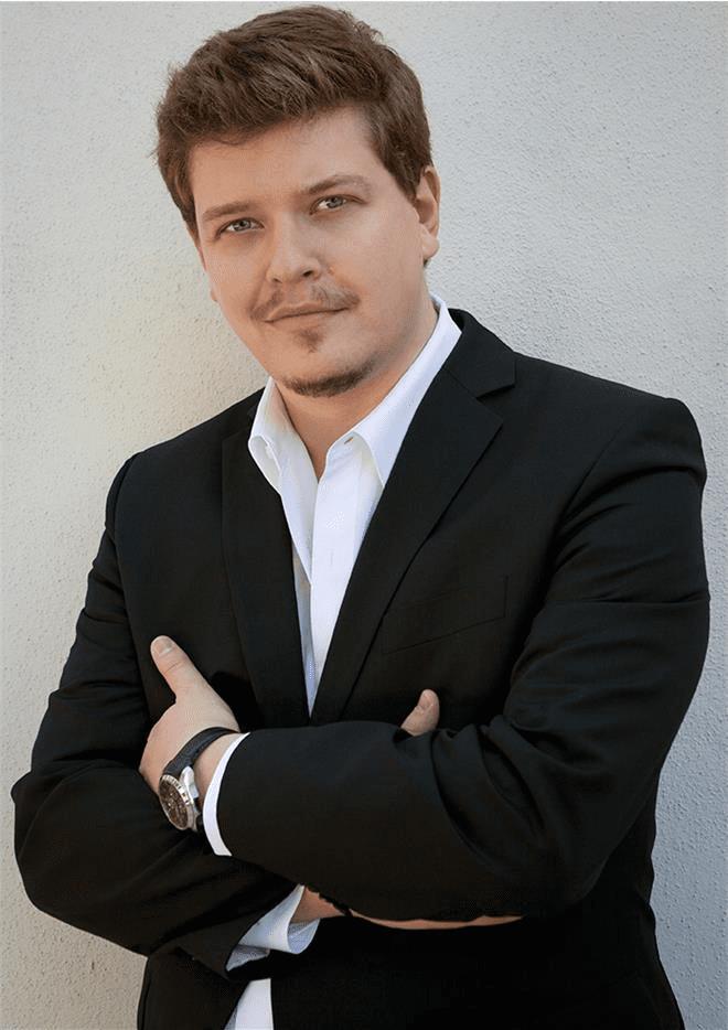 Adam Frandsen Danish International tenor