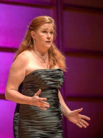 Åsa Elmgren sopran med karriär utanför Sverige