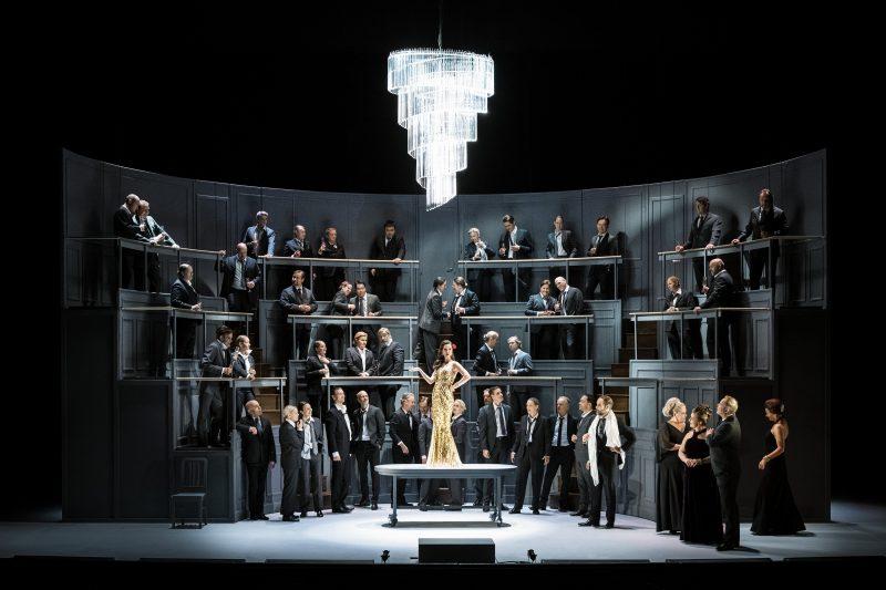 Berörande La Traviata 2020 på Operans Play-kanal