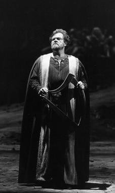 Richard Cassilly impressive American tenor 1927-1998
