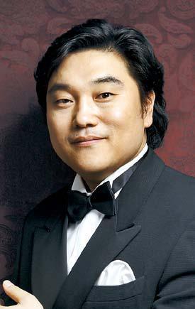 Jae-Chul Bae tenor från Seul Korea